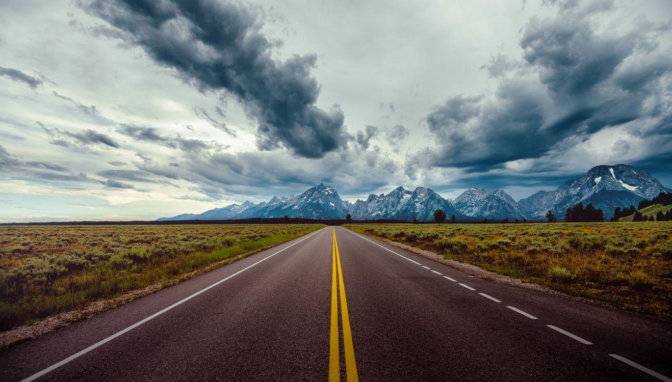 Фото бесплатно облака, поле, горизонт, горы, дорога, небо, пейзажи - скачать на рабочий стол
