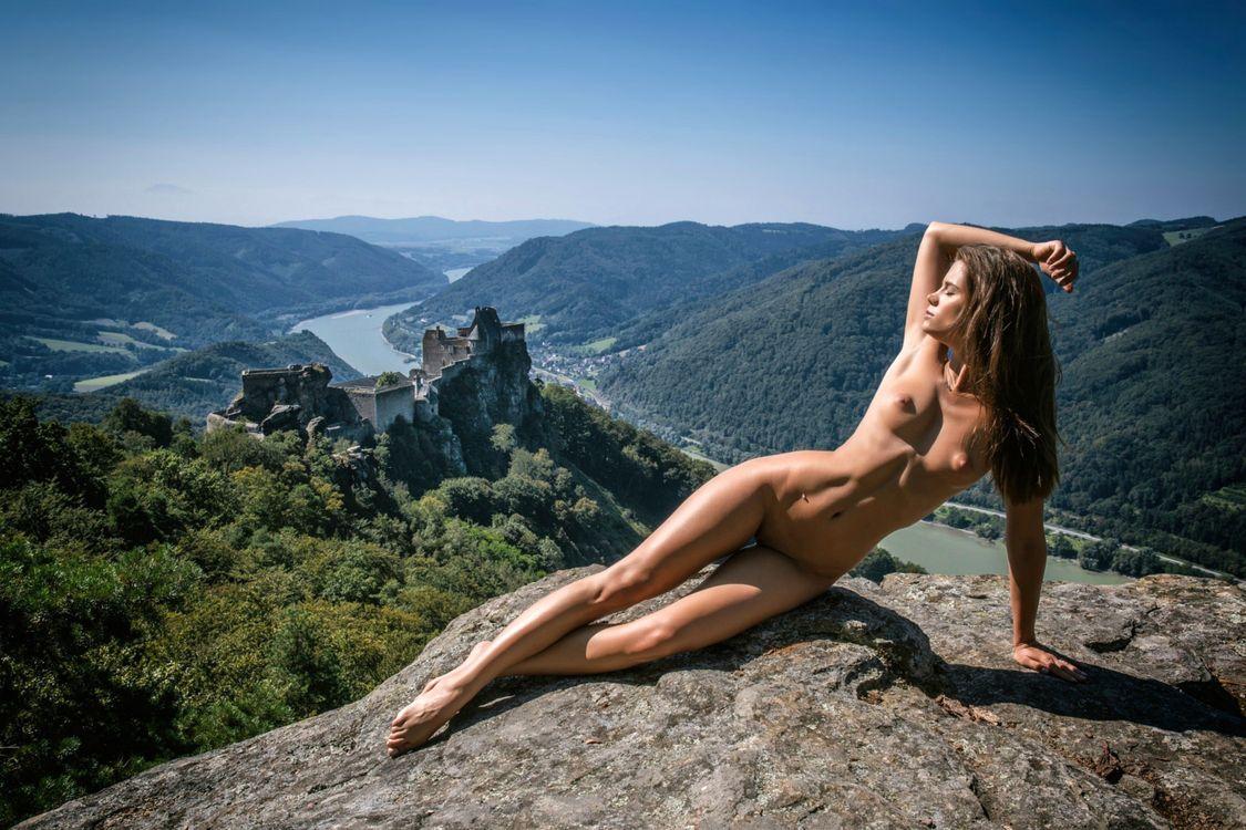 Innocent roxy mountain nudes