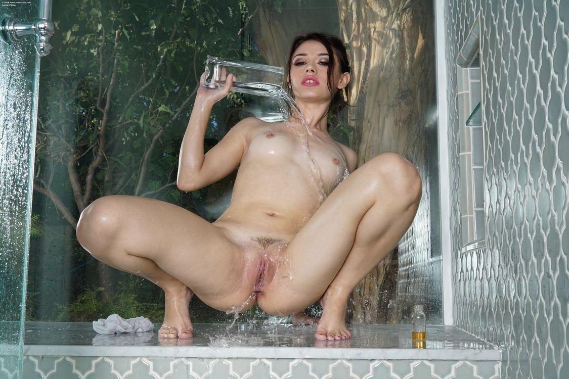 Картинка Lucie Cline, красотка, голая, голая девушка, обнаженная девушка, позы, поза, сексуальная девушка, эротика, Nude, Solo, Posing, Erotic, фотосессия на рабочий стол. Скачать фото обои эротика