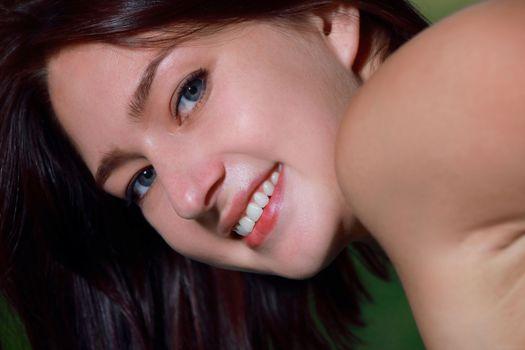 Бесплатные фото Ребекка,лицо,глаза,брюнетка,улыбка