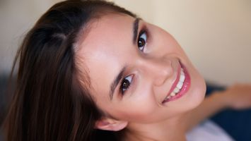 Бесплатные фото Леона МИА,милые лица,улыбка,брюнетка,лицо