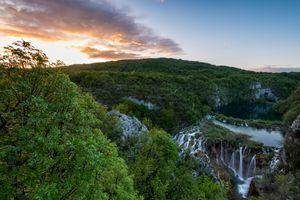 Парк по названием Плитвинские озера в Хорватии