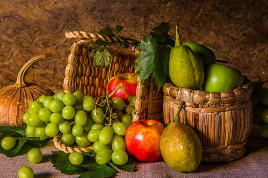 Fruit in baskets · free photo