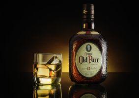 Фото бесплатно Old Scotch, напиток, алкоголь, бокал, лёд, бутылка