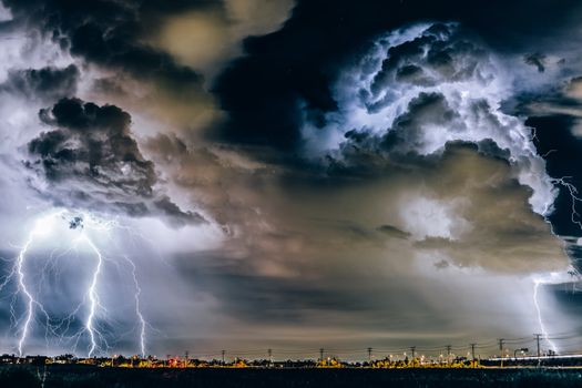 Thunderstorm over the city · free photo