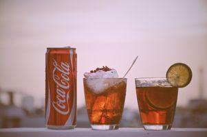 Бесплатные фото напиток,кока-кола,стакан,небо,Куба Либре,ликер,безалкогольный напиток
