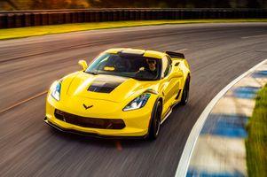 Фото бесплатно Chevrolet, Corvette, желтый