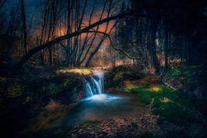 Заставки водопад, закат, река, лес, сумерки, деревья, пейзаж
