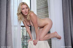 Photo free Amaris, blonde, naked