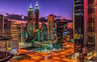 Потрясающие улицы в Дубае · бесплатное фото