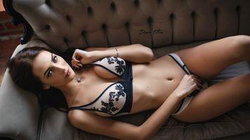 Фото бесплатно бикини, девушка, диван