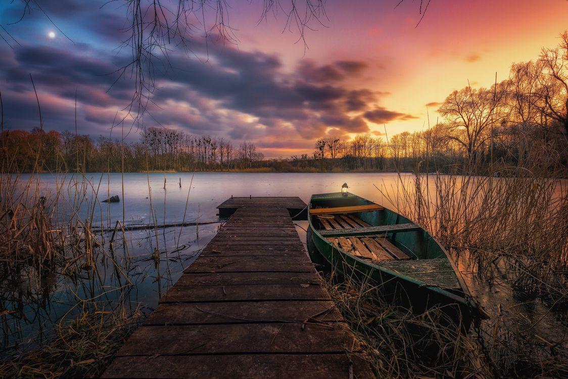 Фото бесплатно Скиптон, Канада, Skipton, North Yorkshire, England, закат, озеро, причал, лодка, деревья, пейзаж, пейзажи
