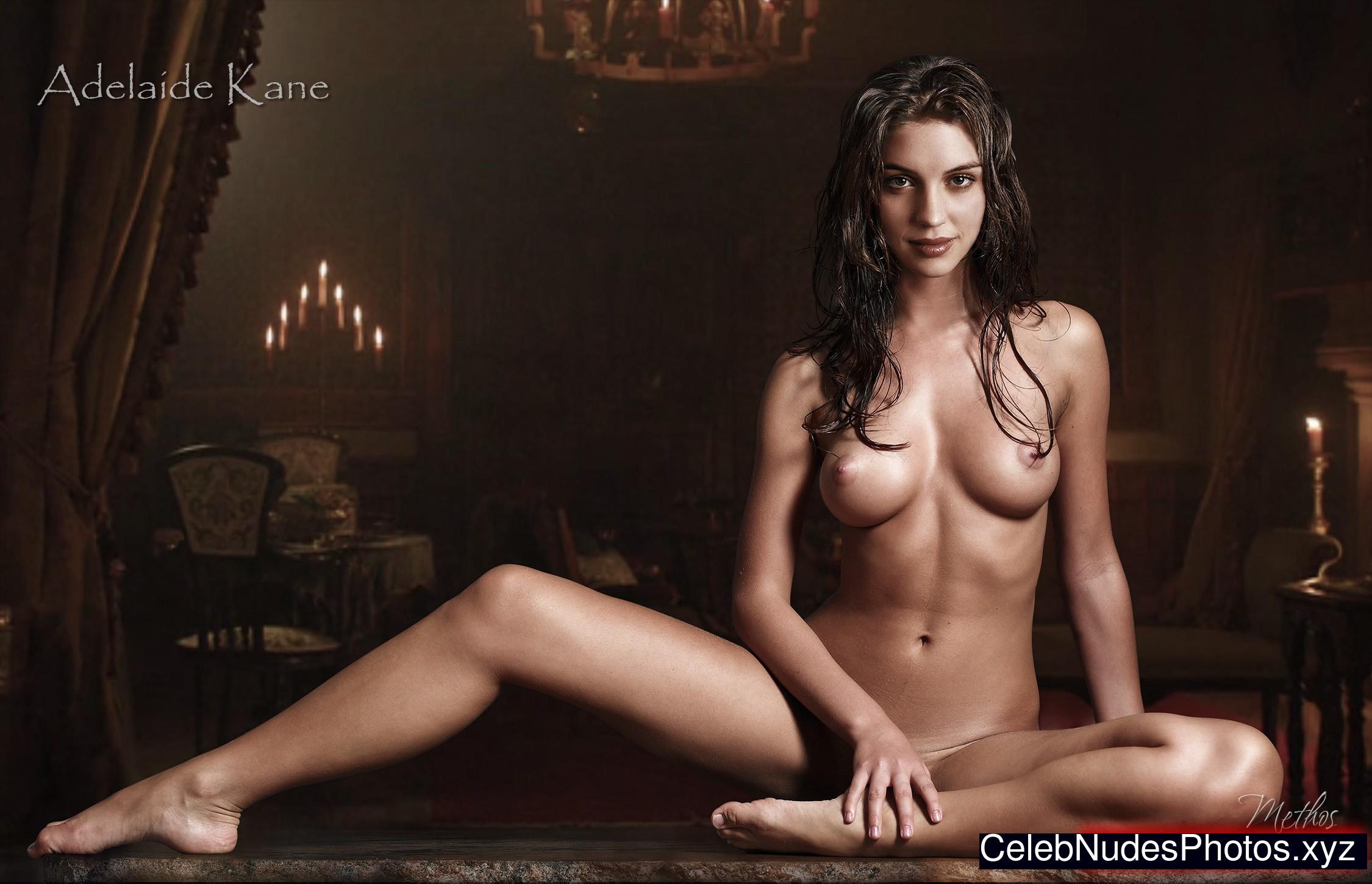 Full figure girls naked