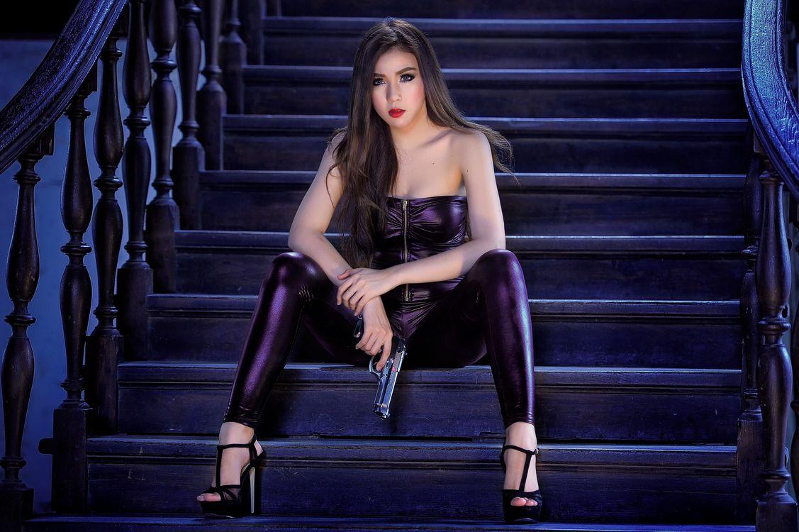 Фото бесплатно Caucasian Woman Model Gun Sexual Glamour Girl, девушка, девушки - на рабочий стол