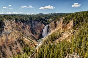 Фото бесплатно Lower Yellowstone River Falls, Yellowstone National Park, Wyoming, United States, водопад, пейзаж