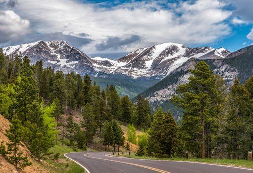 Загородная дорога в Колорадо