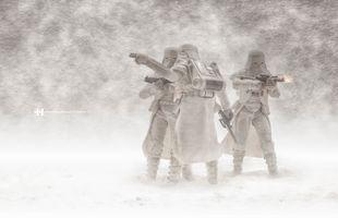 Бесплатные фото Снежинки Звездные войны,Звездные войны,игрушки,снег,штурмовик