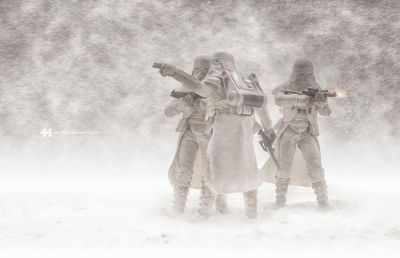 Фото бесплатно Снежинки Звездные войны, Звездные войны, игрушки, снег, штурмовик, разное - скачать на рабочий стол