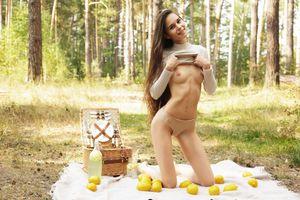 Бесплатные фото Leona Mia,голая,голая девушка,обнаженная девушка,позы,поза,сексуальная девушка