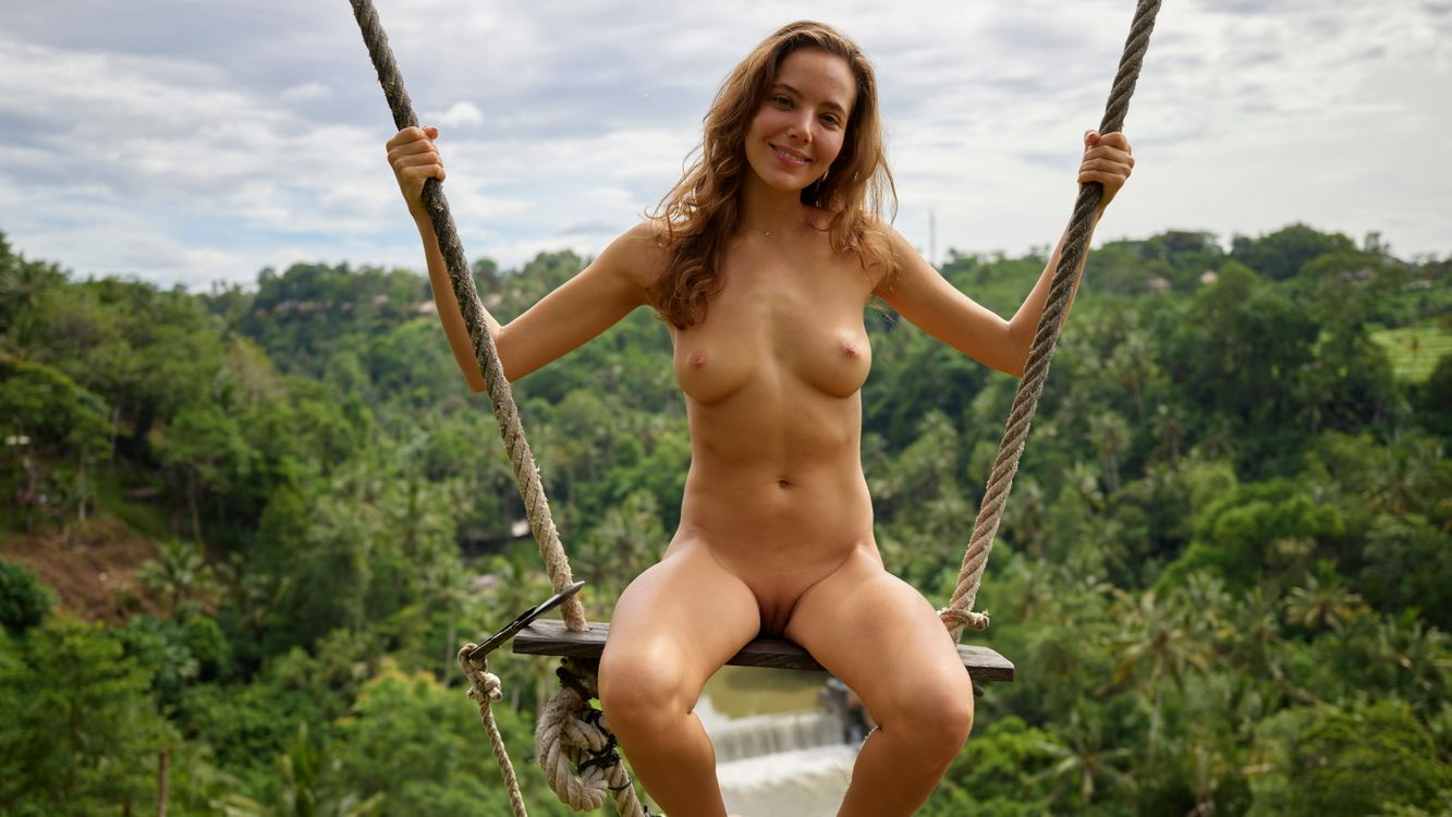 Free photo labia, nipples, smile - to desktop