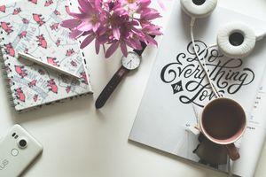 Фото бесплатно кофе, блокнот, часы