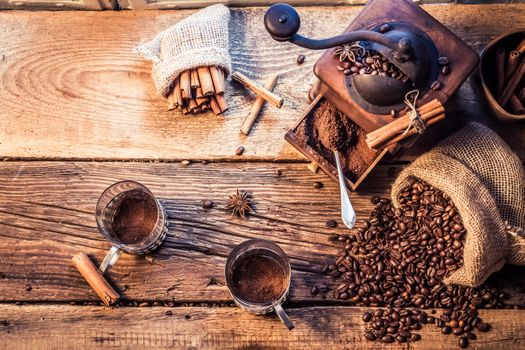 Кофемолка много намолола