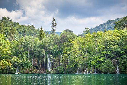 Download screensaver landscape, national park plitvice lakes
