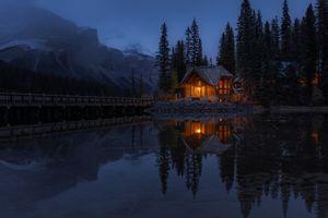 Бесплатные фото Emerald Lake,Yoho National Park,Canada,Изумрудное озеро,Национальный парк Йохо,Канада,ночь