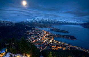 Бесплатные фото Квинстаун,Новая Зеландия,Оверлук,ночь,луна,городской пейзаж