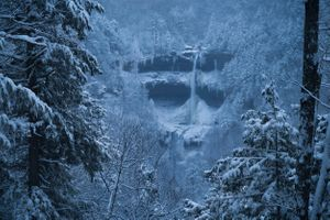 Бесплатные фото Snowstorm,Kaaterskill Falls,New York,зима,лес,скалы,горы