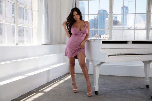 Заставки Autumn Falls сексуальная девушка, киска, модель