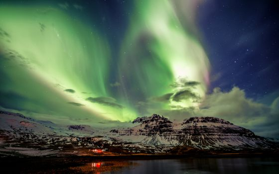 Northern lights · free photo