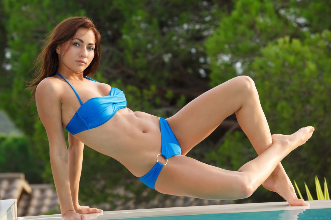Nude sexy pics of anna kournikova