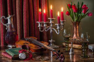 Бесплатные фото лампа масляная,лампа,антиквар,книги,карманные часы,скрипка,натюрморт