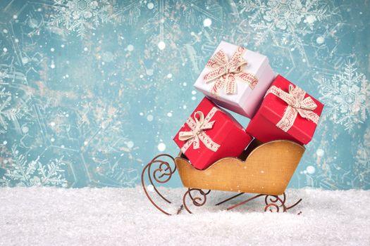 Фото бесплатно снег, санки, подарки