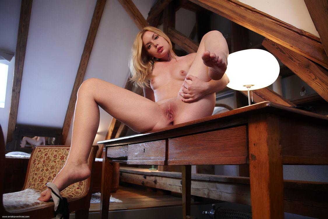 Фото бесплатно Kala, голая девушка, обнаженная девушка, позы, поза, сексуальная девушка, эротика, Nude, Solo, Posing, Erotic, фотосессия, sexy, cute, petite, эротика