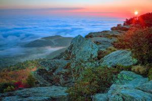 Бесплатные фото Гора Хоксбилл,Моргантон,Северная Каролина,Соединенные Штаты Америки,горы,закат,море облаков