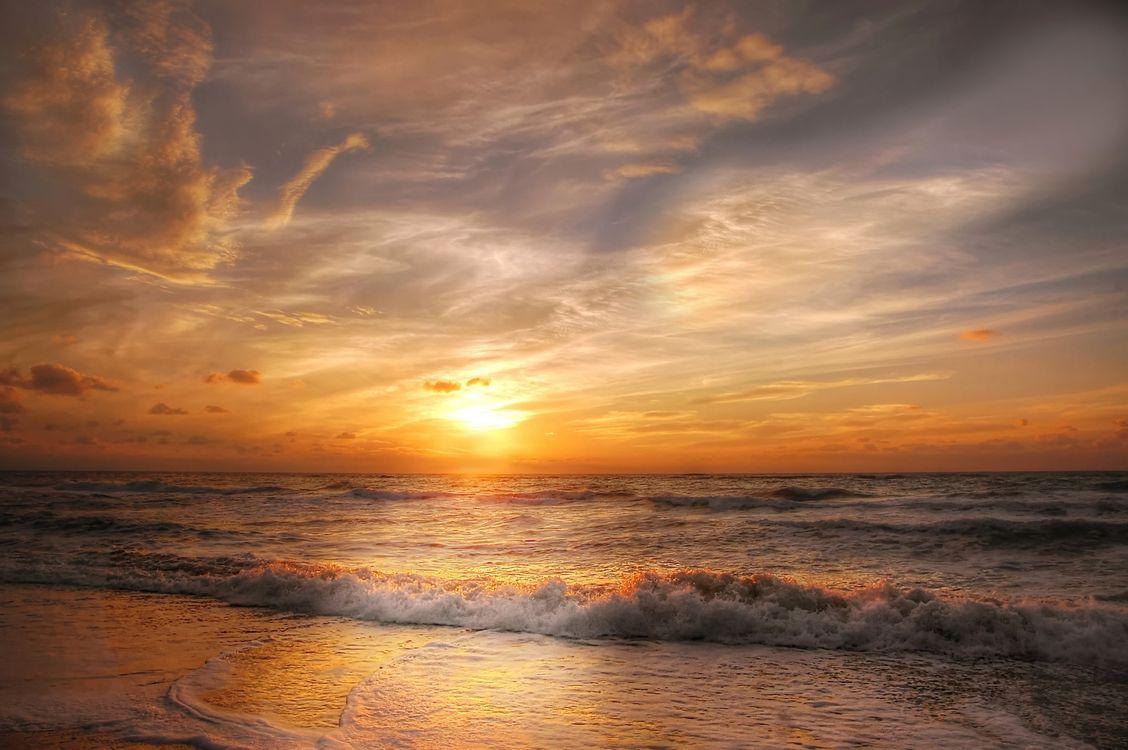 Закат на море · бесплатное фото