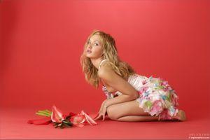 Бесплатные фото Lilya, Lilya A, красотка, голая, голая девушка, обнаженная девушка, позы