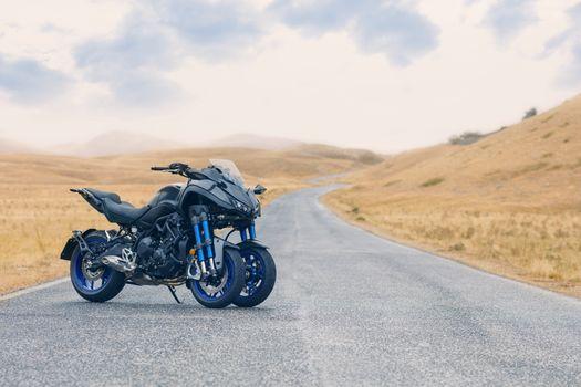 Yamaha Niken GT 2019 · free photo