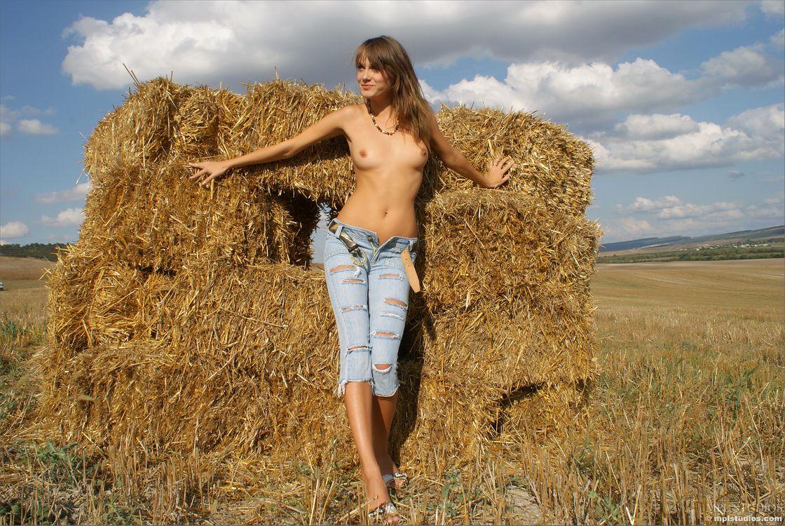 Фото бесплатно Maya, Julia I, Jewel, Justin, Mariara, красотка, голая, голая девушка, обнаженная девушка, позы, поза, сексуальная девушка, эротика, Nude, Solo, эротика