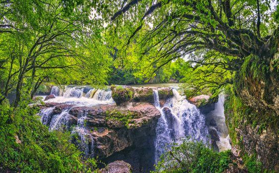 Бесплатные фото Водопады каньона Гачедили,Грузия,Кавказ