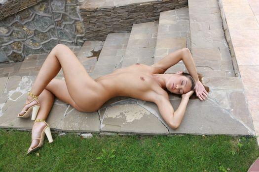 Photo free goddess, poses, Sharon E