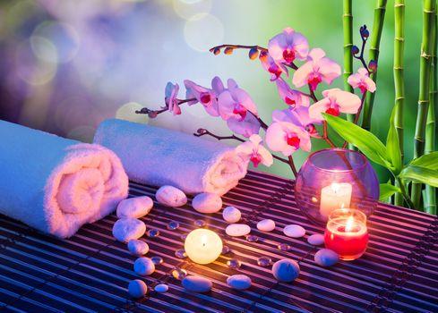 Бесплатные фото массаж сердца со свечами,орхидеями,полотенцами и бамбуком,массаж,романтик,свечи,камни,бамбук,огонь,пламя полотенца,орхидея,цветы