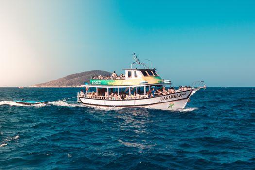 Фото бесплатно лодка, досуг, океан, на открытом воздухе, море, транспортная система, судно, образы общественного достояния