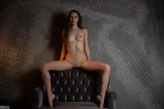 Photo free asy, shaved, brunette