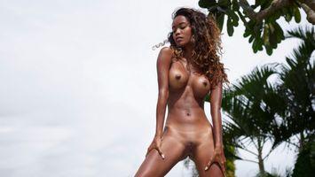Putri Nude black girl