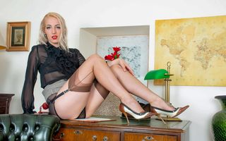Фото бесплатно Liza Rainbow, высокие каблуки, подтяжки