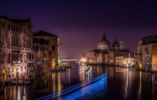 Фото бесплатно Canal Grande, Venice, Italy, Венеция, Италия, ночь, огни, иллюминация, ночные города