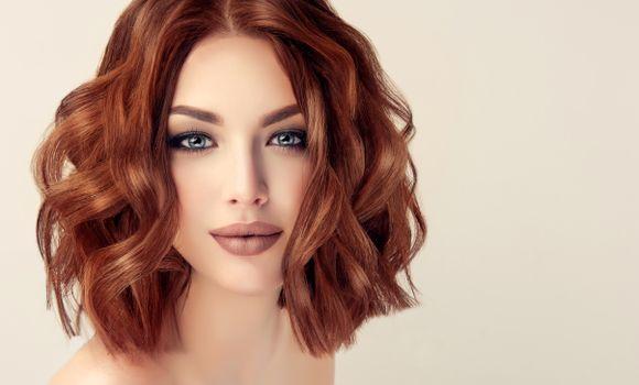 Фото бесплатно девушка, локоны, макияж